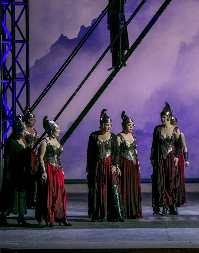 """""""La valchiria"""" al Teatro Petruzzelli"""